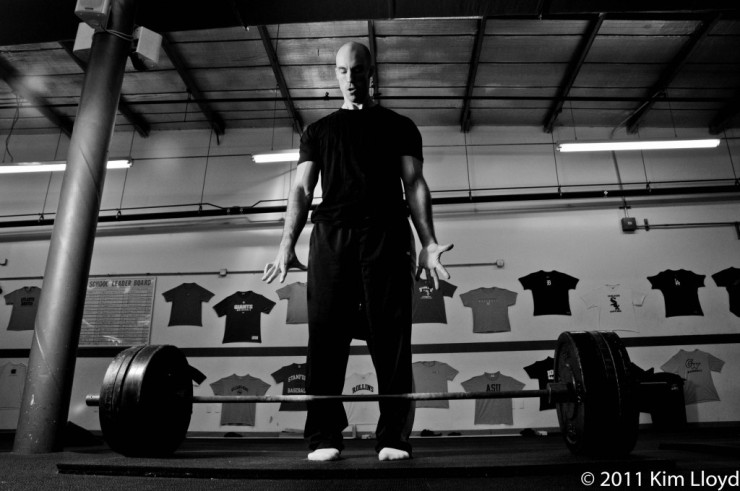 Deadlift-Black-and-White-Attempt-1024x680